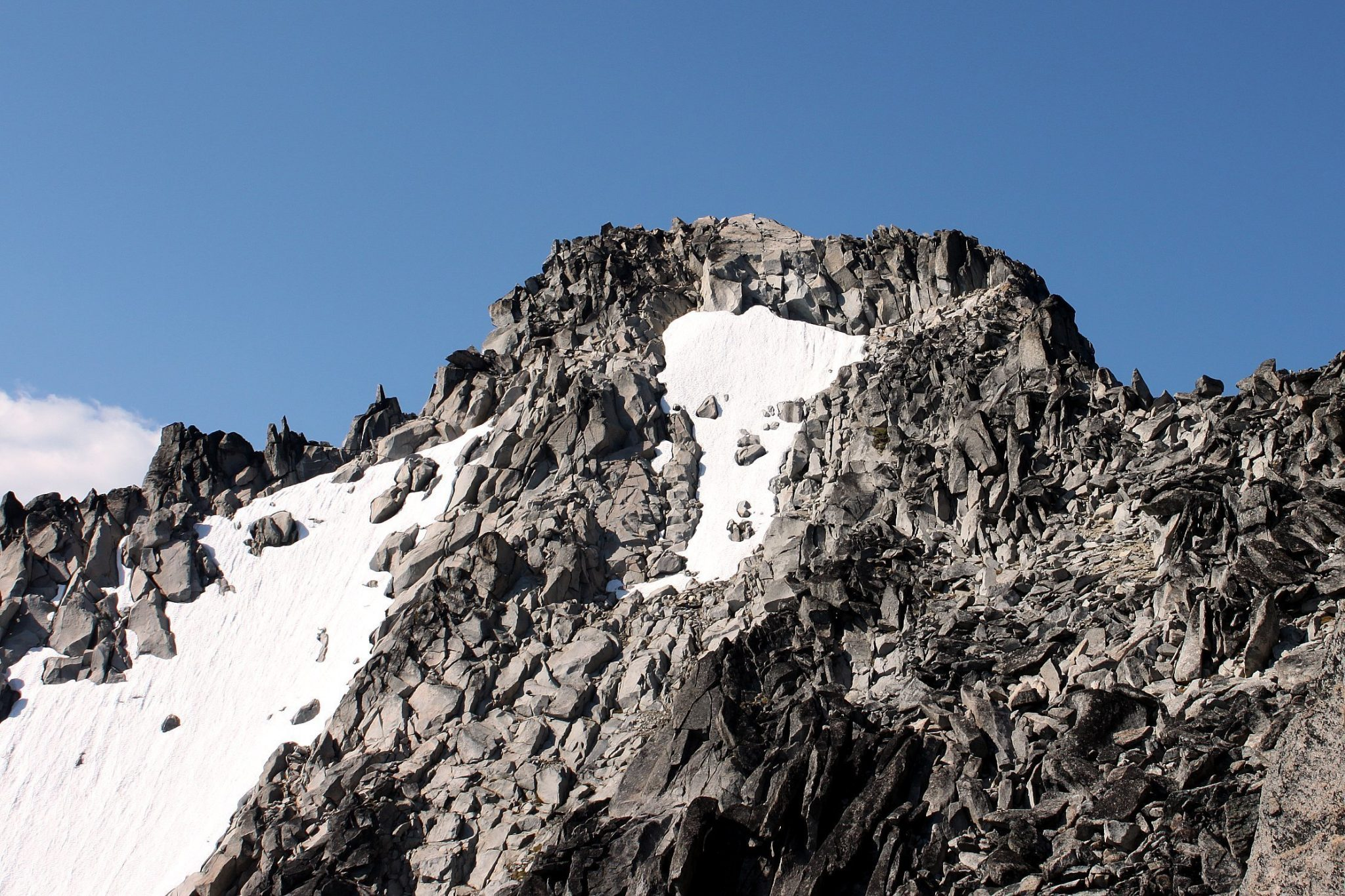 Mount Stuart on Stuart Range / 史都華山脈上的史都華山