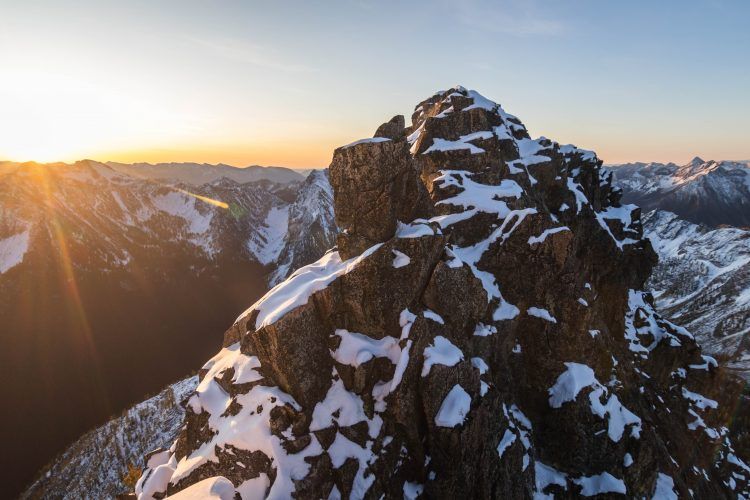Wy'East Mountain's real summit awaits