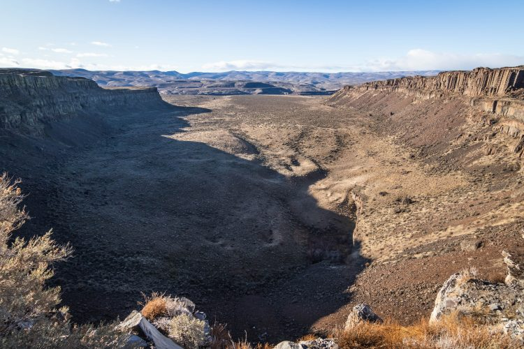 Frenchman Coulee from the eastern depression