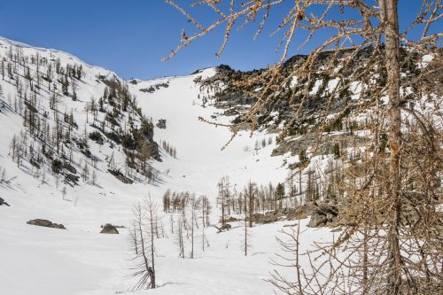 Read more about the article Rennie Peak by Mount Gibbs in Lake Chelan-Sawtooth / 雷尼峯