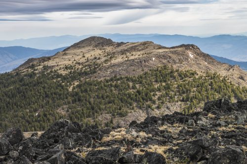 Read more about the article Chopaka Mountain Natural Area Preserve via Cold Springs Trail / 喬帕卡山